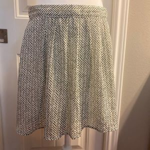 NWOT • Old Navy Pleated Skirt